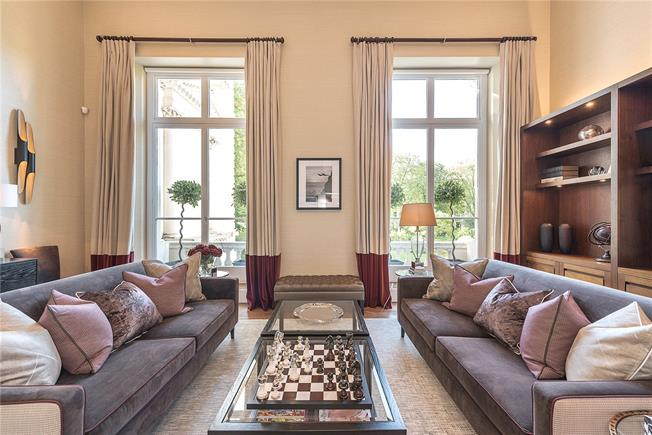 Asking Price £2,750,000, 2 Bedroom Flat For Sale in London, W2