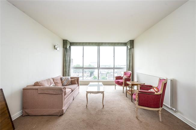 Asking Price £1,000,000, 3 Bedroom Flat For Sale in London, W2