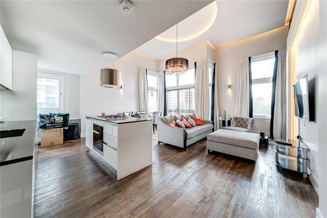 Asking Price £1,375,000, 3 Bedroom Flat For Sale in London, W2