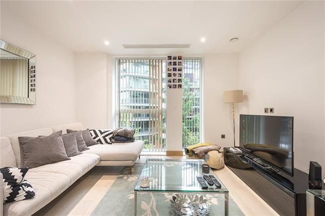 Asking Price £1,395,000, 2 Bedroom Flat For Sale in London, W2