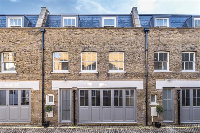 Asking Price £1,550,000, 3 Bedroom Terraced House For Sale in London, W2