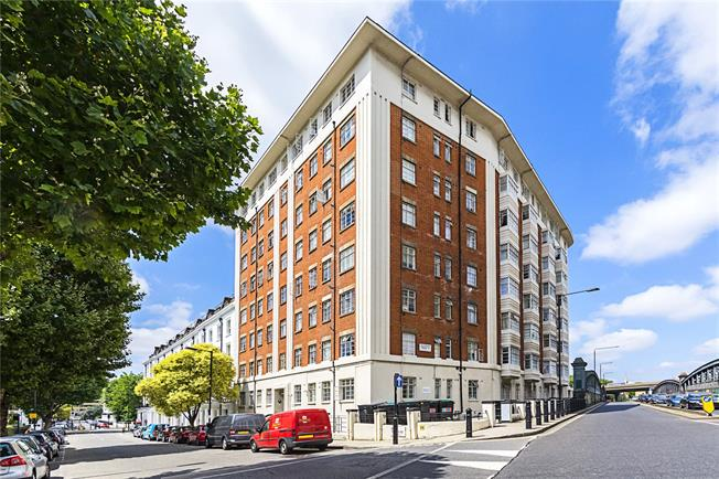 Asking Price £500,000, 1 Bedroom Flat For Sale in London, W2