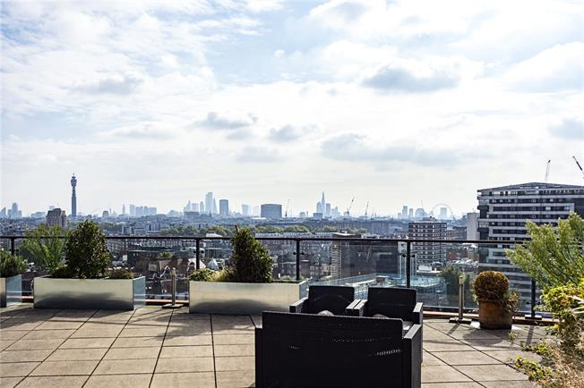 Asking Price £1,895,000, 3 Bedroom Flat For Sale in London, W2