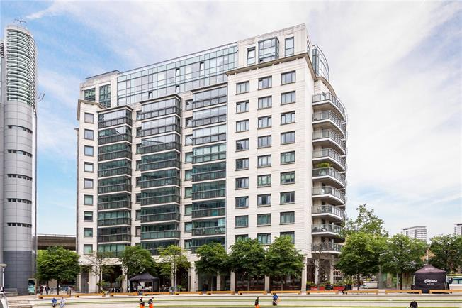 Asking Price £1,325,000, 3 Bedroom Flat For Sale in London, W2