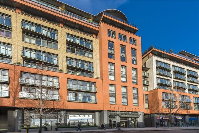 Asking Price £645,000, 1 Bedroom Flat For Sale in London, W2