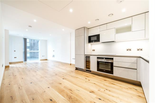 Asking Price £850,000, 1 Bedroom Flat For Sale in London, W2
