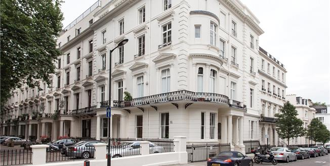 Asking Price £1,500,000, 2 Bedroom Flat For Sale in London, W2