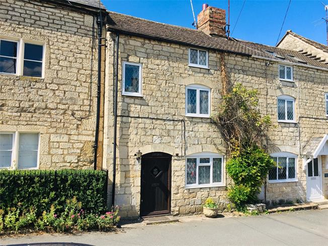 Asking Price £295,000, 2 Bedroom Terraced House For Sale in Painswick, GL6