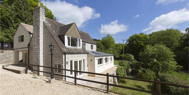 Asking Price £795,000, 5 Bedroom Detached House For Sale in Painswick, GL6