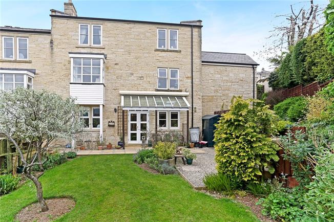 Asking Price £495,000, 4 Bedroom Semi Detached House For Sale in Painswick, GL6