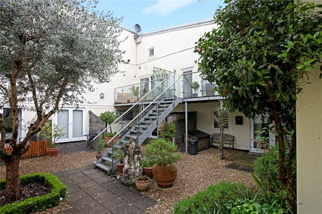 Asking Price £269,950, 2 Bedroom Terraced House For Sale in Stroud, Gloucestershire, GL6
