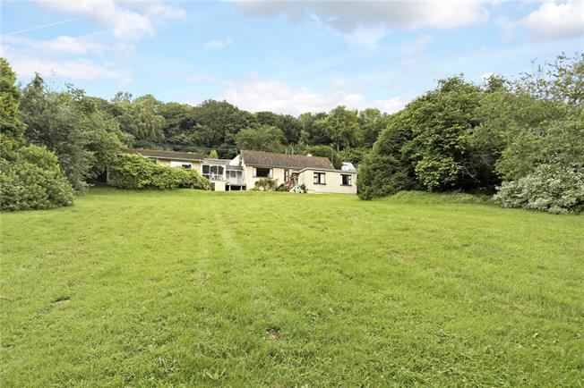 Guide Price £700,000, 4 Bedroom Bungalow For Sale in Sheepscombe, GL6