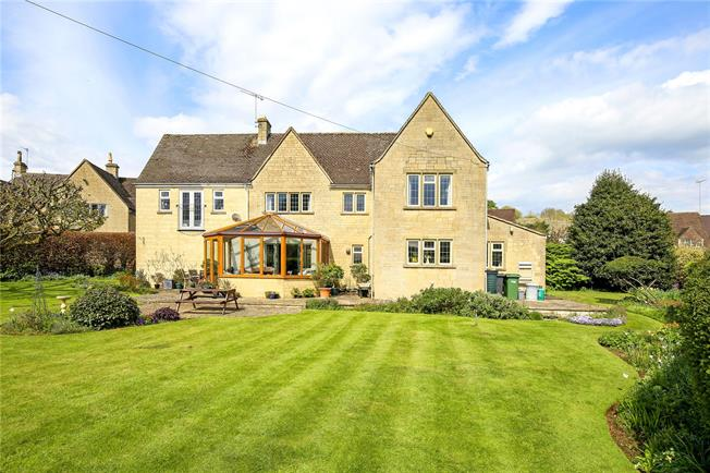 Asking Price £925,000, 4 Bedroom Detached House For Sale in Stroud, Gloucestershire, GL6