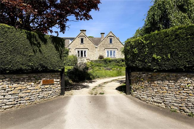 Asking Price £975,000, 4 Bedroom Detached House For Sale in Stroud, Gloucestershire, GL6