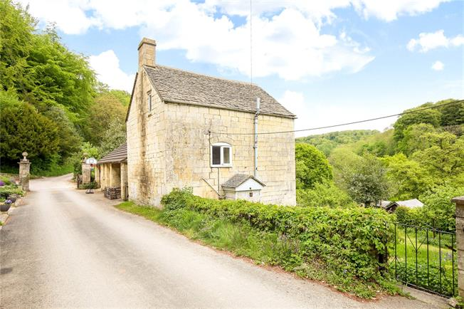 Asking Price £420,000, 2 Bedroom Detached House For Sale in Stroud, Gloucestershire, GL6