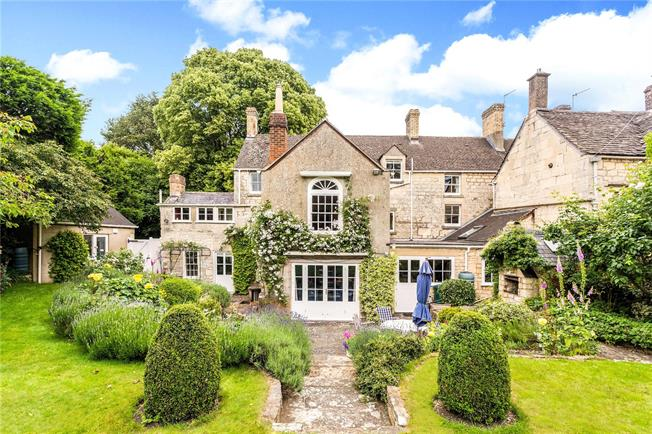 Asking Price £1,350,000, 6 Bedroom Semi Detached House For Sale in Painswick, GL6