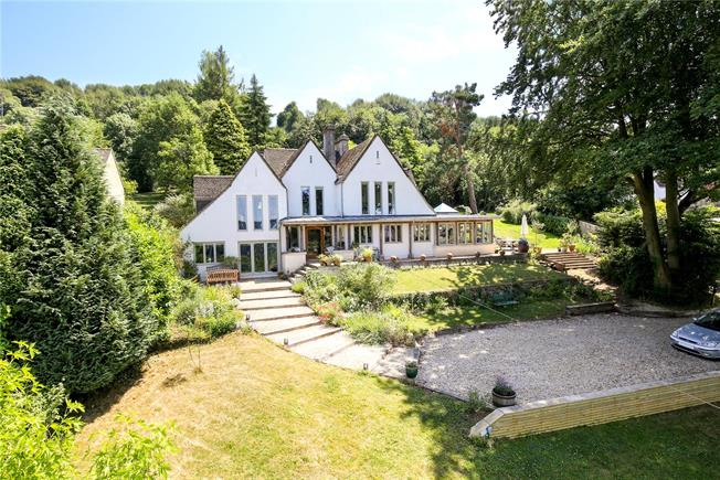 Asking Price £1,200,000, 4 Bedroom Detached House For Sale in Sheepscombe, GL6