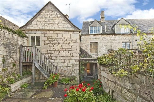 Offers in the region of £450,000, 4 Bedroom Semi Detached House For Sale in Stroud, Gloucestershire, GL6