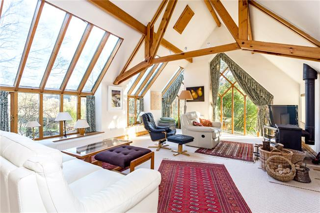 Asking Price £1,250,000, 4 Bedroom Detached House For Sale in Sheepscombe, GL6