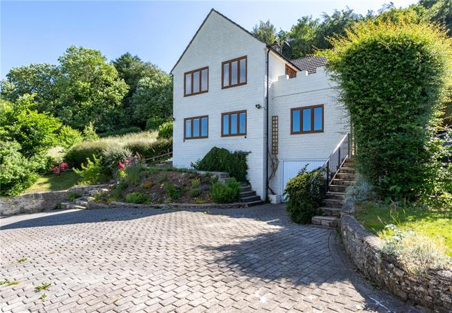 Asking Price £725,000, 4 Bedroom Detached House For Sale in Stroud, Gloucestershire, GL6