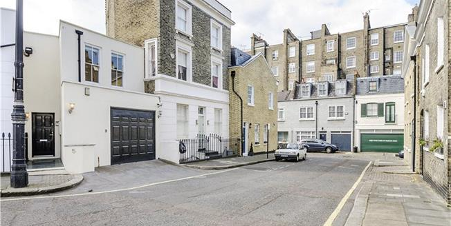 Asking Price £1,795,000, 3 Bedroom Terraced House For Sale in London, SW1V