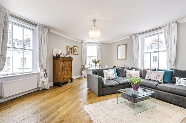 Asking Price £1,750,000, 3 Bedroom Flat For Sale in London, SW1V