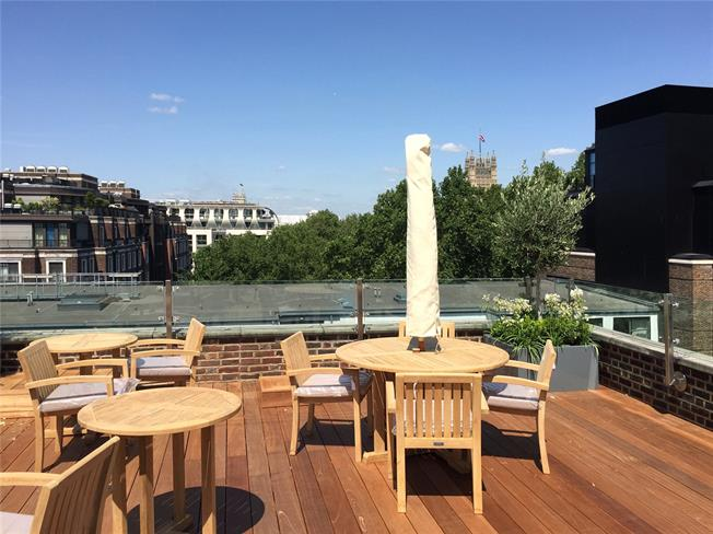 Asking Price £1,395,000, 2 Bedroom Flat For Sale in London, SW1P
