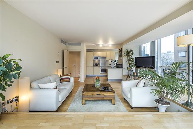 Asking Price £745,000, 1 Bedroom Flat For Sale in London, SW1V