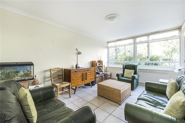 Asking Price £450,000, 1 Bedroom Flat For Sale in London, SW1V