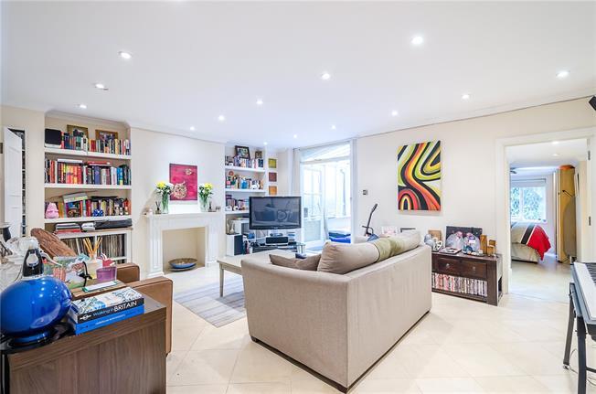 Asking Price £925,000, 2 Bedroom Flat For Sale in London, SW1V
