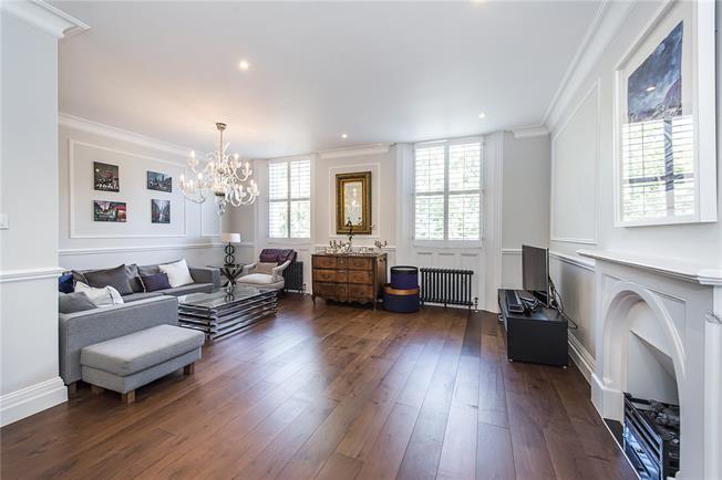 Asking Price £1,850,000, 3 Bedroom Flat For Sale in London, SW1V