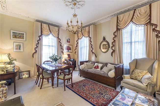 Asking Price £950,000, 1 Bedroom Flat For Sale in London, SW1V