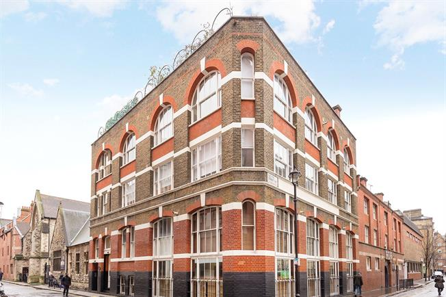 Asking Price £1,045,000, 2 Bedroom Flat For Sale in London, SW1P