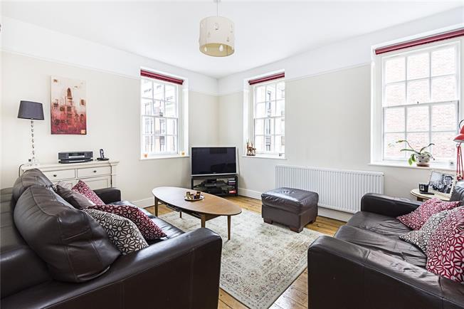 Asking Price £729,950, 3 Bedroom Flat For Sale in London, SW1P