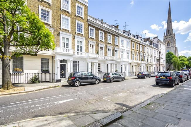 Asking Price £1,185,000, 3 Bedroom Flat For Sale in London, SW1V