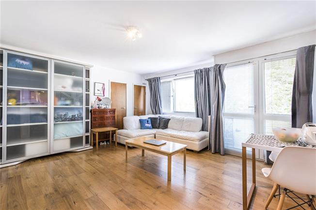 Asking Price £365,000, Flat For Sale in London, SW1V