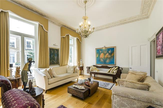 Asking Price £2,395,000, 5 Bedroom Flat For Sale in London, SW1V