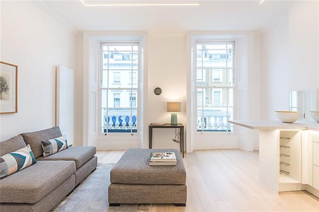 Asking Price £750,000, 2 Bedroom Flat For Sale in London, SW1V