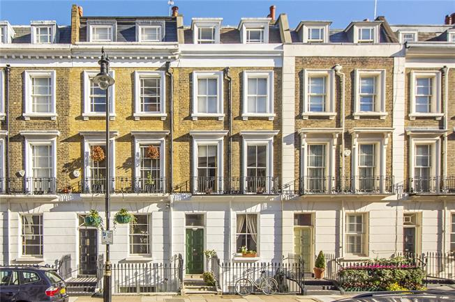 Asking Price £2,200,000, 4 Bedroom Terraced House For Sale in London, SW1V