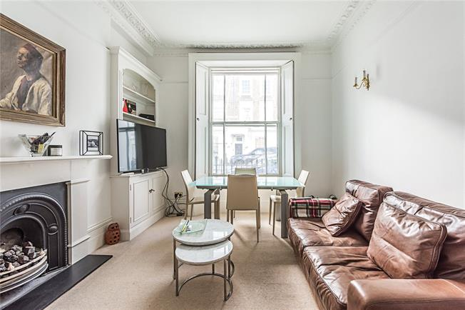 Asking Price £600,000, 1 Bedroom Flat For Sale in London, SW1V
