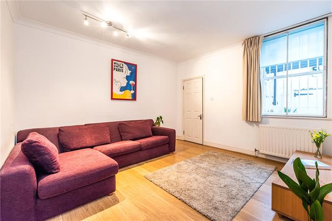 Asking Price £465,000, 1 Bedroom Flat For Sale in London, SW1V