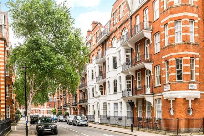 Asking Price £2,750,000, 5 Bedroom Flat For Sale in London, SW1P