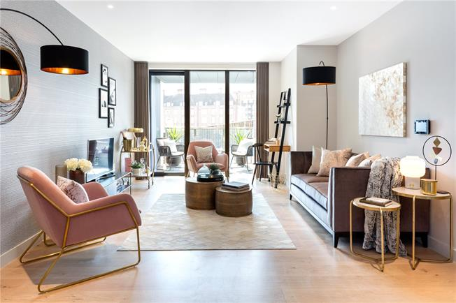 Asking Price £1,270,000, 2 Bedroom Flat For Sale in London, SW1V