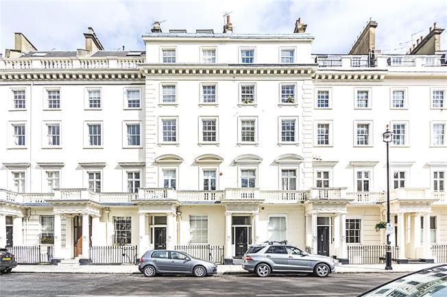Asking Price £795,000, 2 Bedroom Flat For Sale in London, SW1V