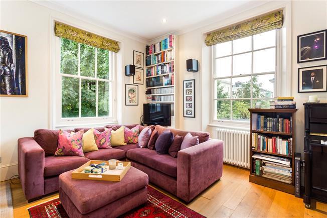 Asking Price £1,195,000, 3 Bedroom Flat For Sale in London, SW1V