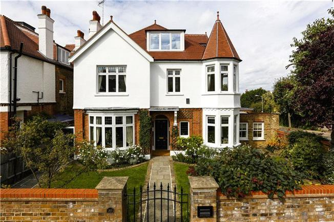 Asking Price £3,950,000, 6 Bedroom Detached House For Sale in London, SW15