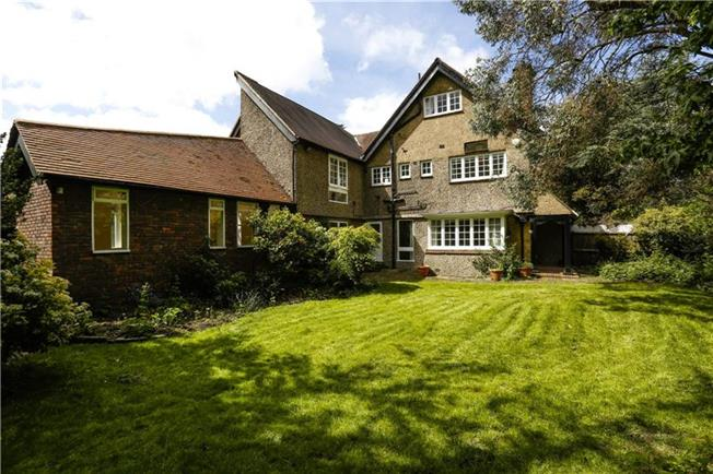 Asking Price £1,299,000, 5 Bedroom Semi Detached House For Sale in London, SW15