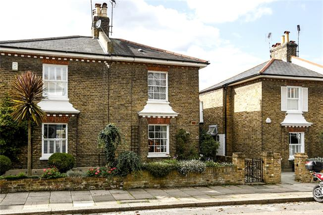 Asking Price £1,150,000, 3 Bedroom Terraced House For Sale in London, SW15