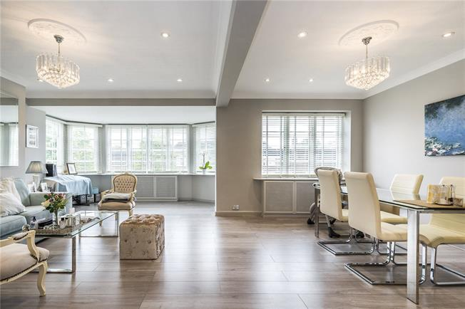 Asking Price £799,990, 3 Bedroom Flat For Sale in London, SW15