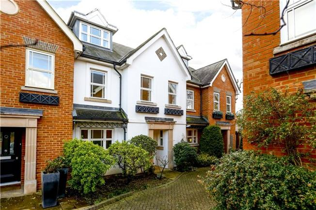 Asking Price £1,295,000, 4 Bedroom Terraced House For Sale in London, SW15